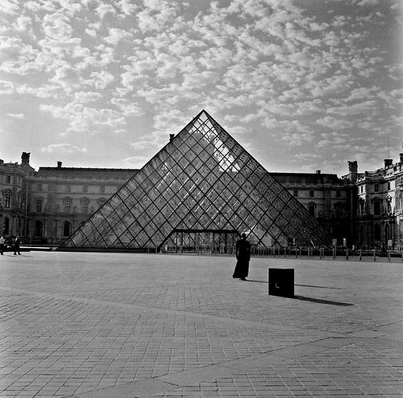 Weems 2- Standing Outside the Louvre